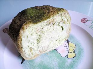抹茶ロールケーキはじっこの写真