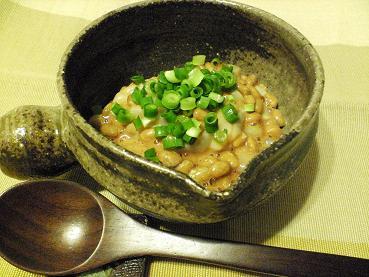 赤イカの塩辛で塩辛納豆の写真
